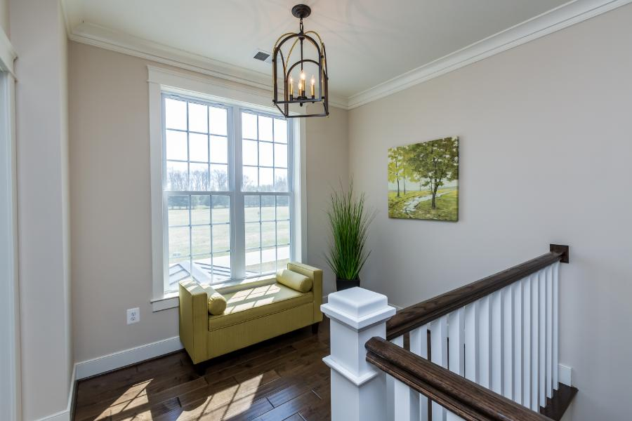 deer-meadow-2nd-level-hall-sitting-area