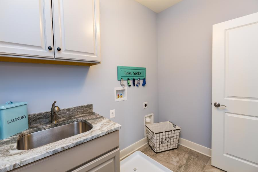 deer-meadow-laundry-room-2nd-level-view-2
