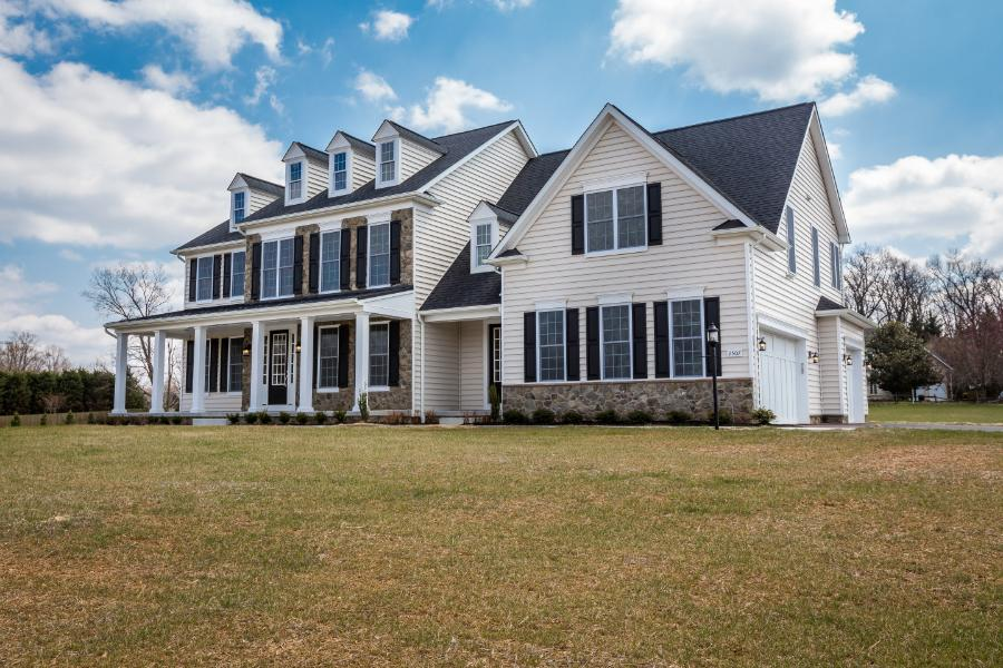 deer-meadow-lot-4-exterior-front-angled
